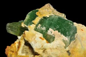 Hideniit (roheline osa) Foto: Parent Géry